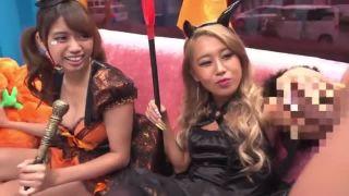 渋谷のハロウィンで浮かれまくってるコスプレギャル二人組をナンパ