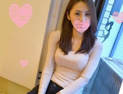 京都弁が可愛い美人妻がスク水でコスプレでセックスする素人動画