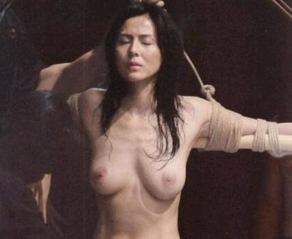 芸能人の流出動画エロ乳首ビンビン美乳丸出しでバイブオナニーや過激SEXする杉本彩
