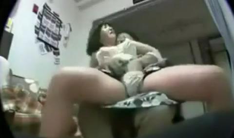 恥ずかしがってた熟女が徐々に大胆になっちゃう素人ハメ撮り動画