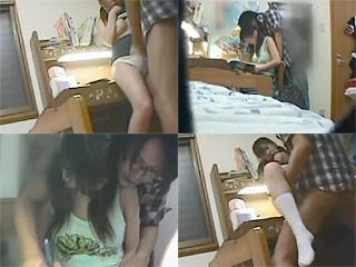 ツインテJCの家庭教師が勉強机の上でエッチし捲ってる卑猥な盗撮