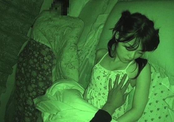 JC妹に夜這いしスマホ撮影した兄の投稿レイプ動画