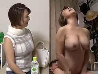 巨乳で美熟女なアラフォー人妻と部屋でエッチした盗撮SEX動画|しろスポ|エッチな素人動画